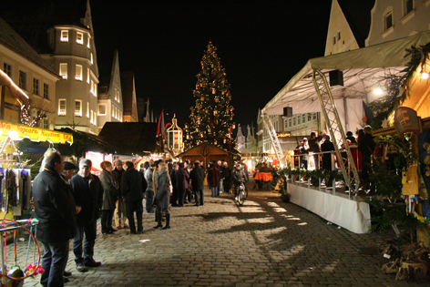 Adventsmarkt in Günzburg